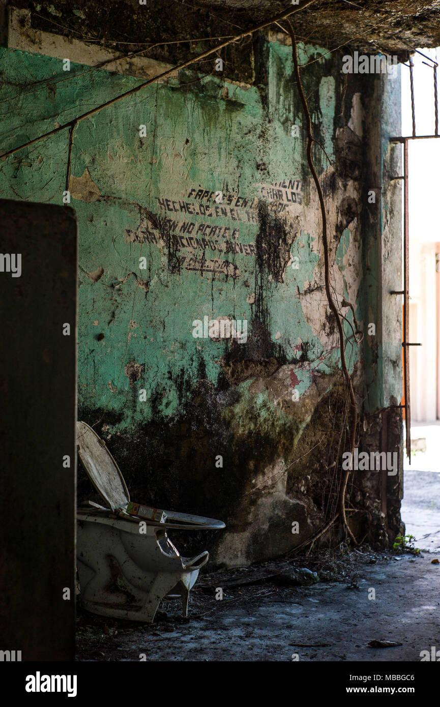 Salle De Bain Zone De Securite ~ puentarenas photos puentarenas images alamy