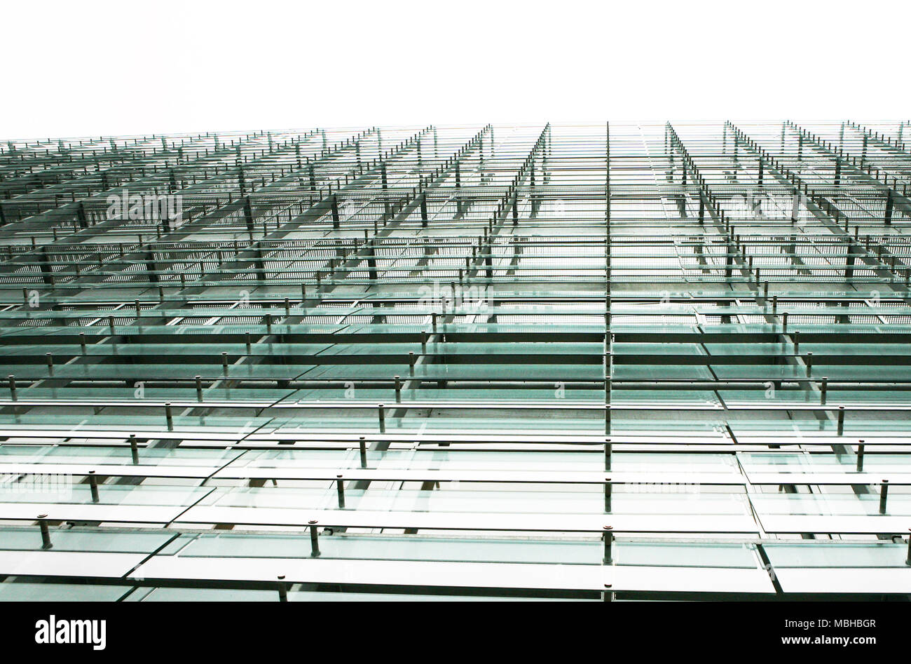 La façade de l'immeuble de verre et d'acier Photo Stock