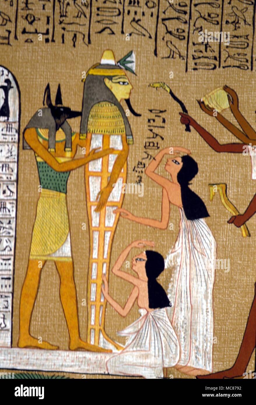 Mythe Egyptien Anubis Anubis Maman Et Maman A L Appui Au