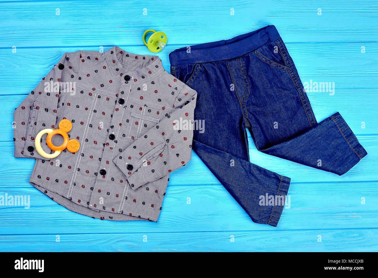 1e4dcb63bd532 Design moderne-bébé garçon vêtements d automne. Jeans