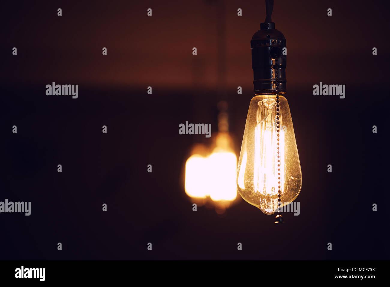 Les Feux A Filament De Tungstene La Lampe A Incandescence De Thomas