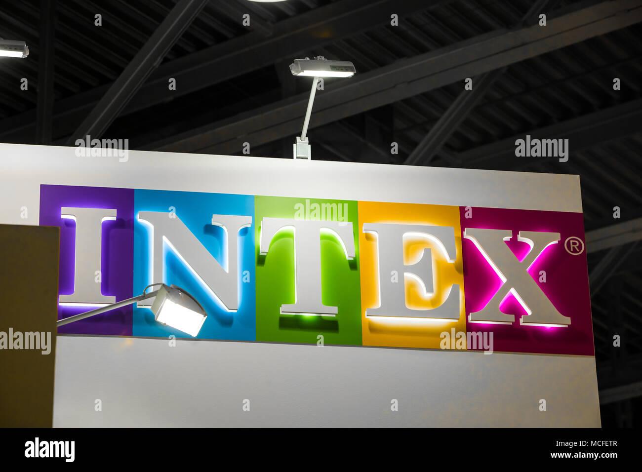 Logo Intex Signe Developpement Intex Co Ltd Est Un Leader Mondial