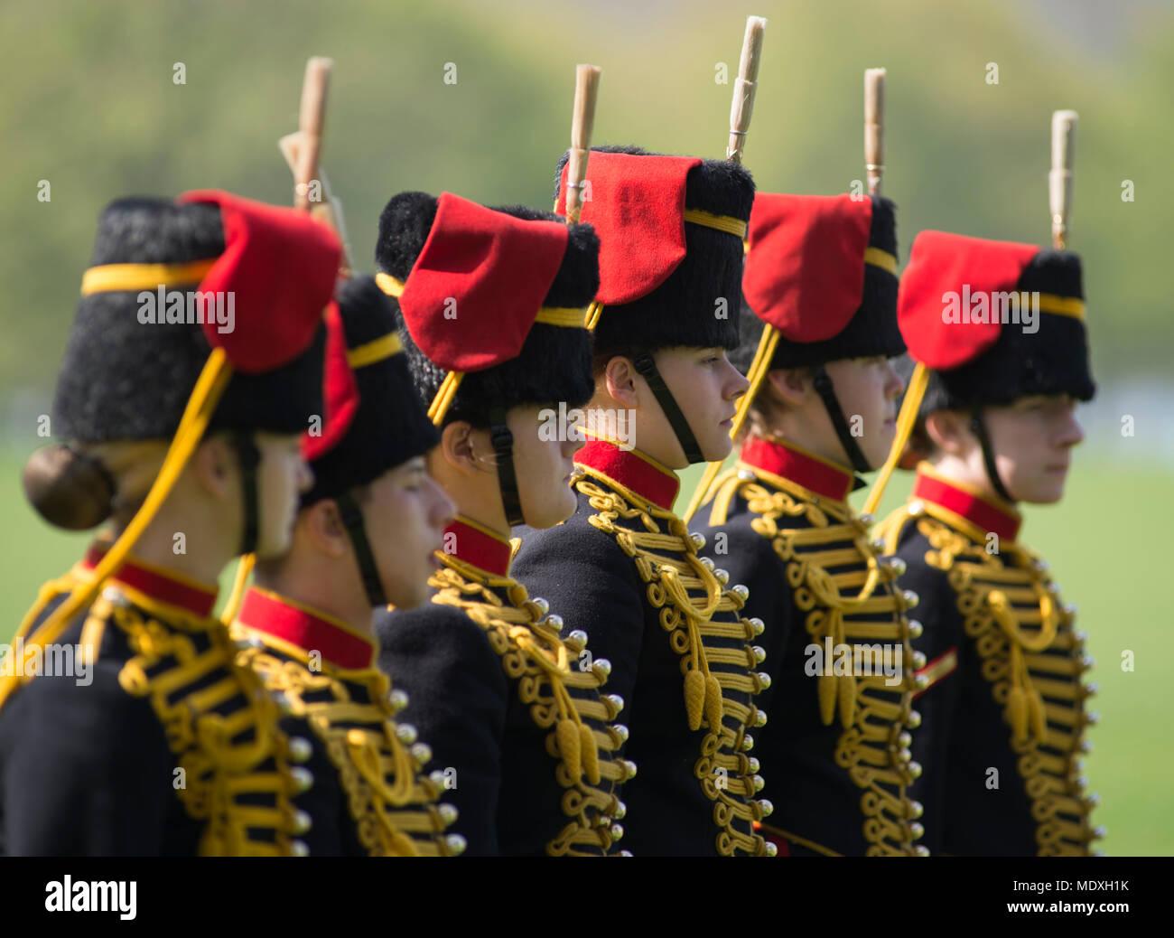 Garçons Busby Garde Costume Robe Fantaisie royal soldat uniforme Londres enfant tenue