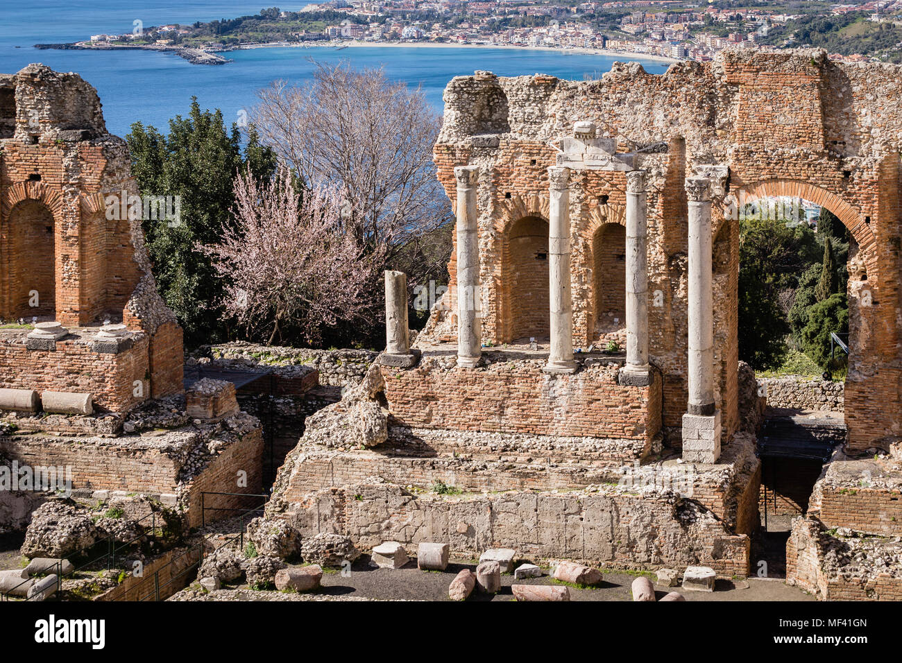 Théâtre gréco-romain antique de Taormina, Sicile. Photo Stock