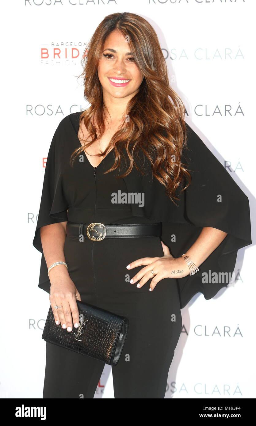 24 avril 2018. Antonella Roccuzzo au Photocall de Rosa Clara afficher ba644852c4e