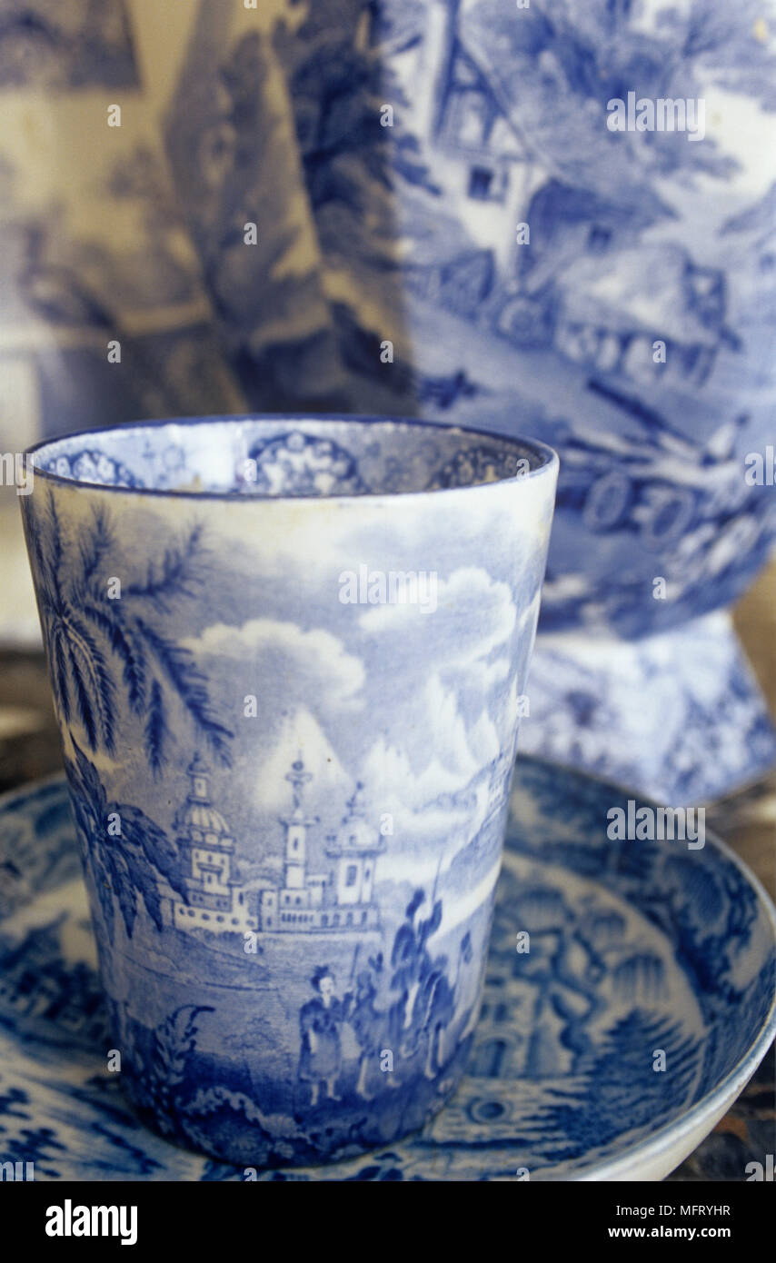 Salle à Manger Détail Chine Bleu Et Blanc Bleu Et Blanc Bécher Sur