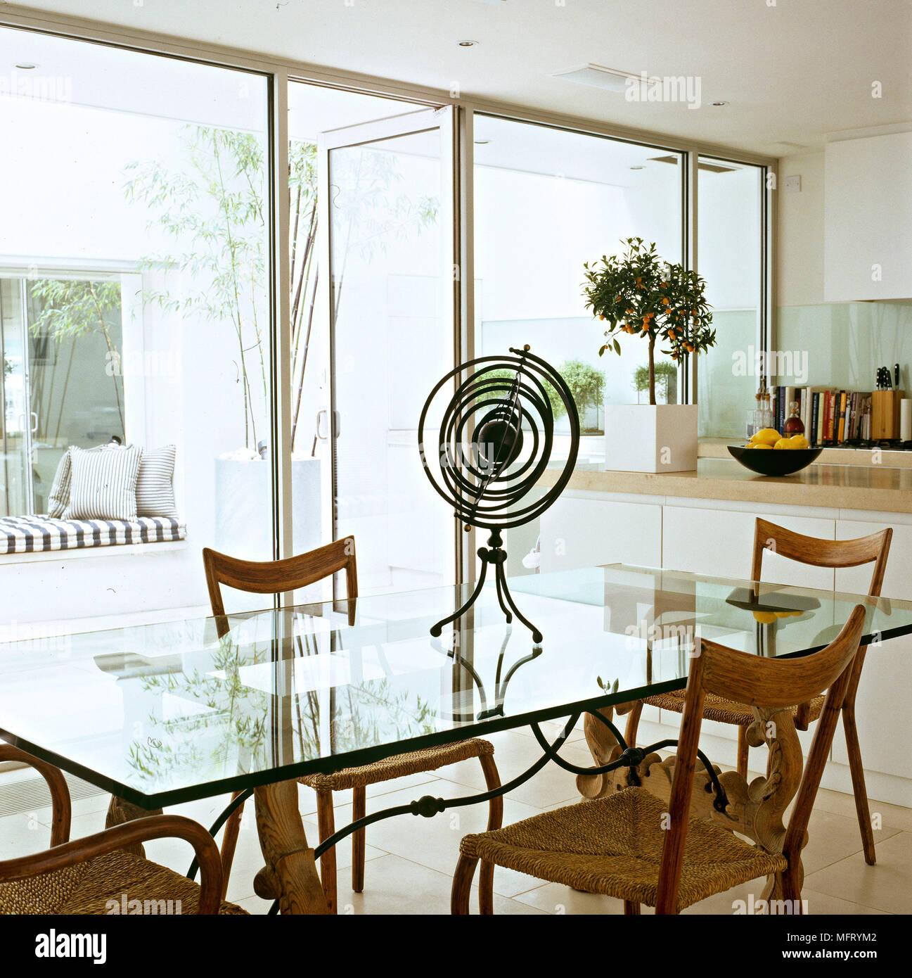Cuisine Salle A Manger Moderne En Verre Blanc Table Des Unites De