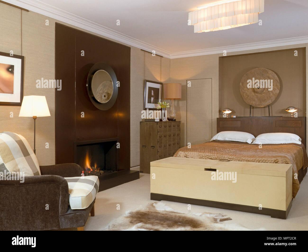 Decoration Murale Pour Tete De Lit pouf à pied de lit double avec tête de lit décoration murale
