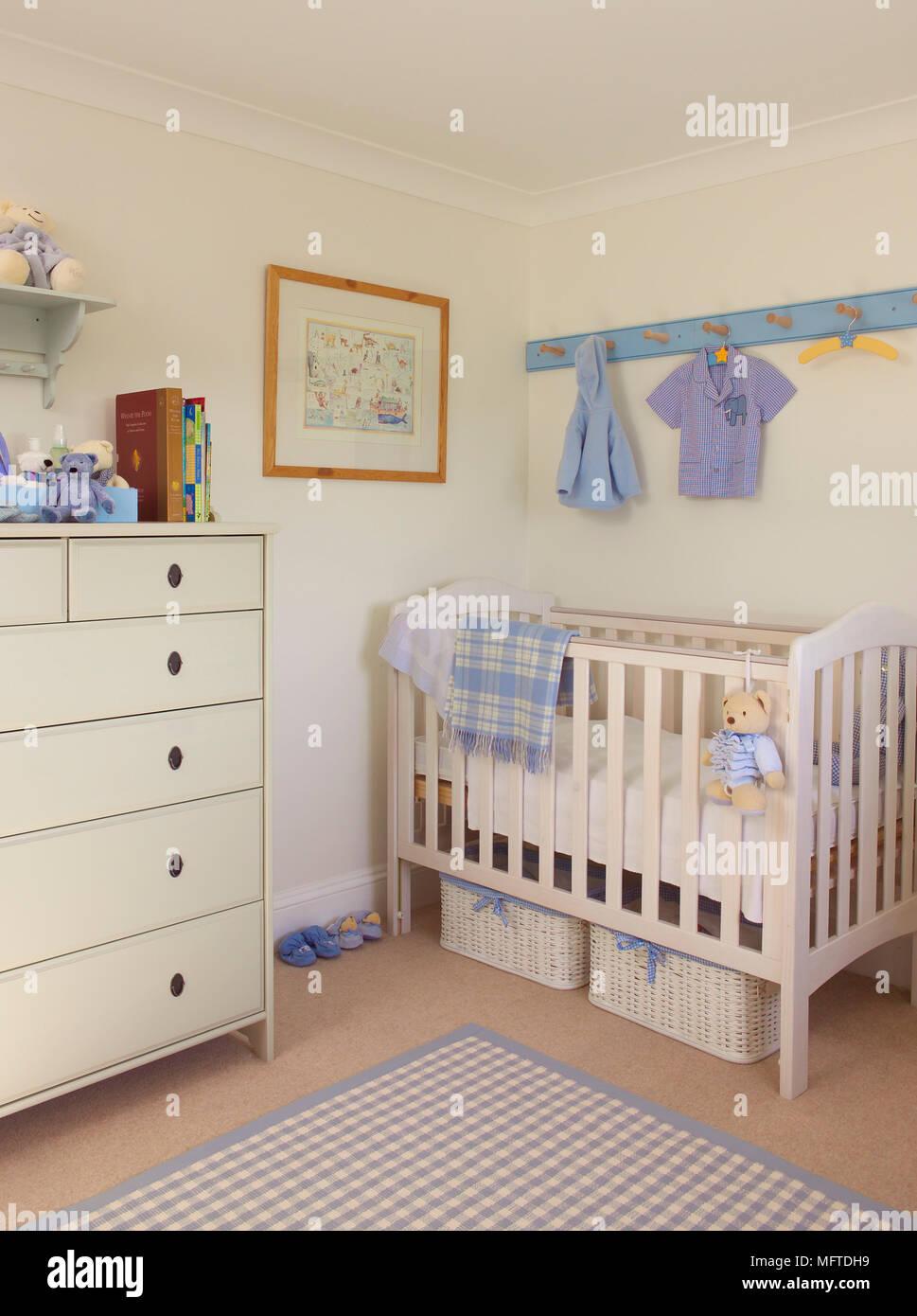 Pepiniere Childs En Bleu Et Blanc Banque D Images Photo Stock
