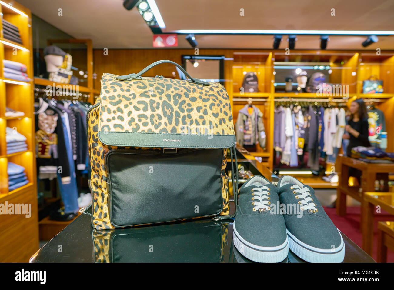 MilanItalie Et Circa Gabbana Chaussures 2017NovembreDolceamp; OPiukZX