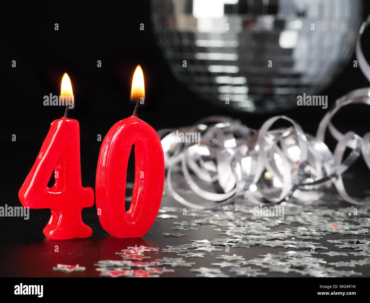 N 40 Bougies Rouges Montrant Abstract Background Pour Anniversaire