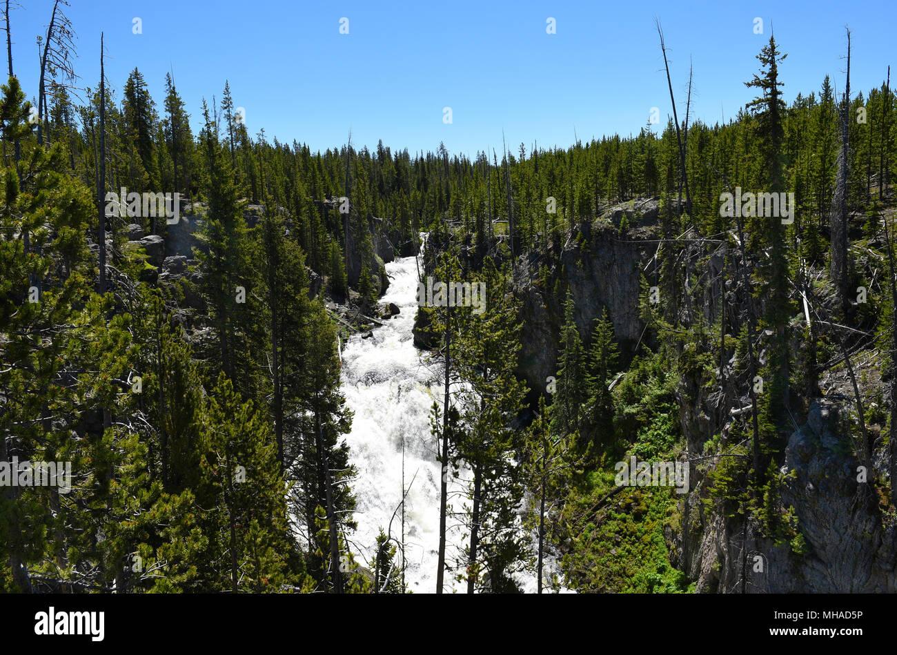 Kepler Cascades est une cascade sur la rivière Firehole dans le sud-ouest Le Parc National de Yellowstone. Les cascades tomber à environ 150 pieds au-dessus de multiples Banque D'Images