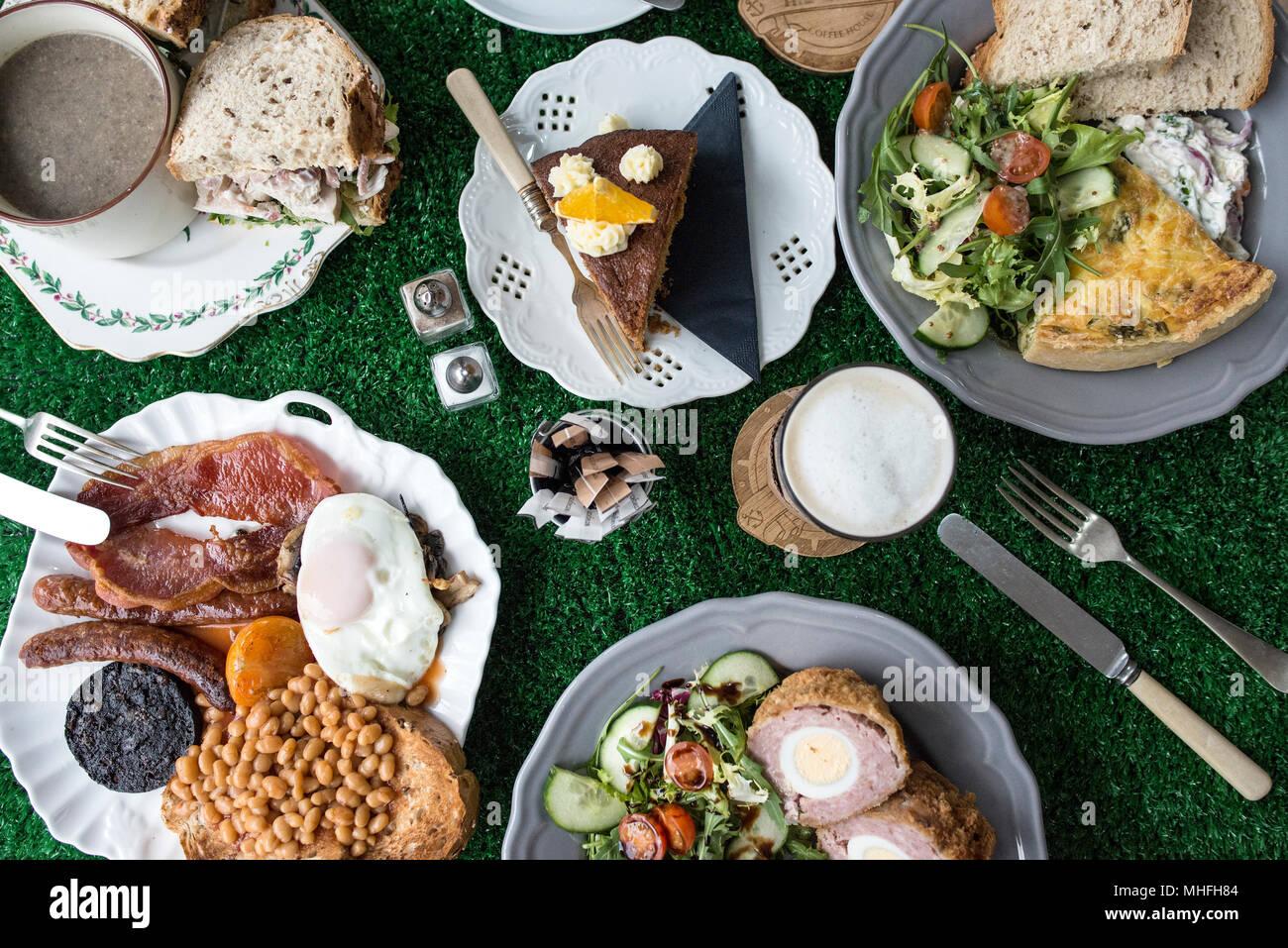 Cafe en plongée des aliments Photo Stock