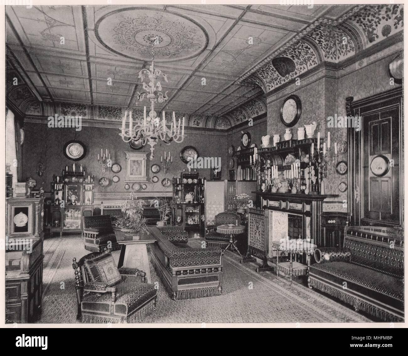 La salle du matin à Clarence House - après les principales festivités qui ont eu lieu au Palais d'hiver à Saint-Pétersbourg, en… Banque D'Images