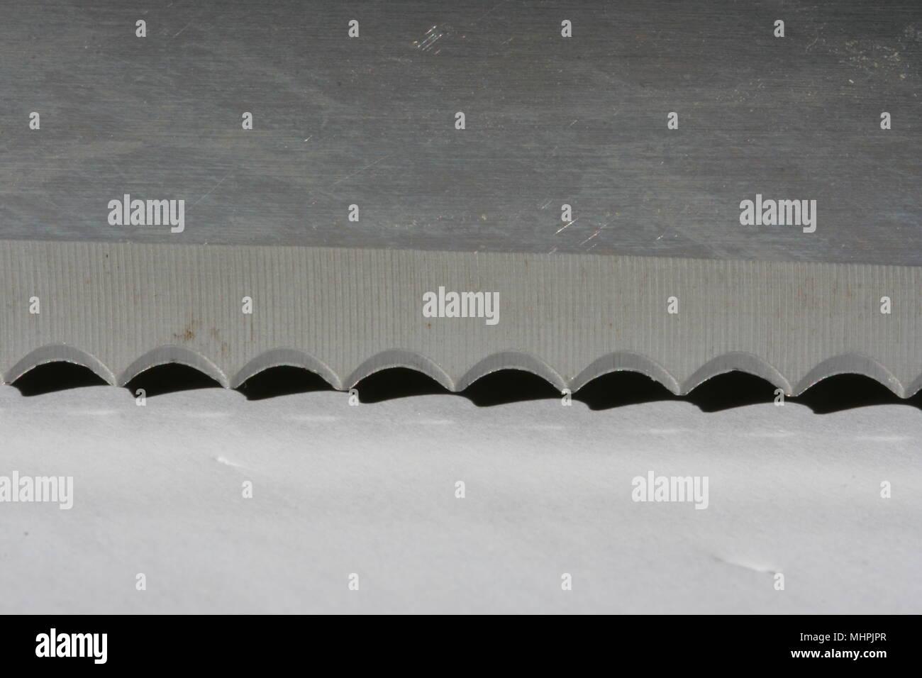 Couteau à pain lame dentelée Photo Stock