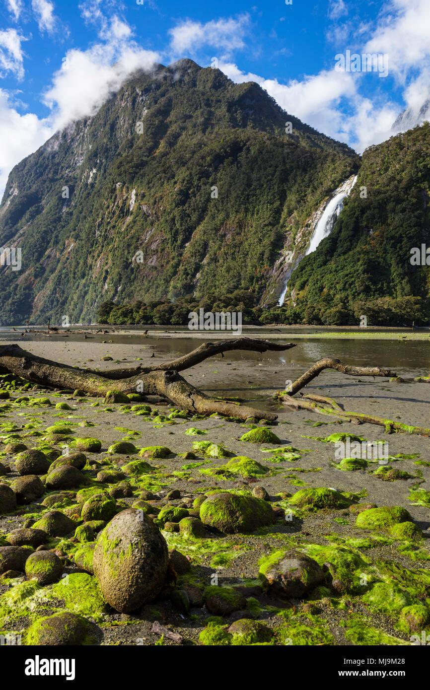 Nouvelle-zélande Milford Sound Milford Sound Mitre Peak Parc national de Fiordland Nouvelle-Zélande southland fjordland national park South Island nz Photo Stock