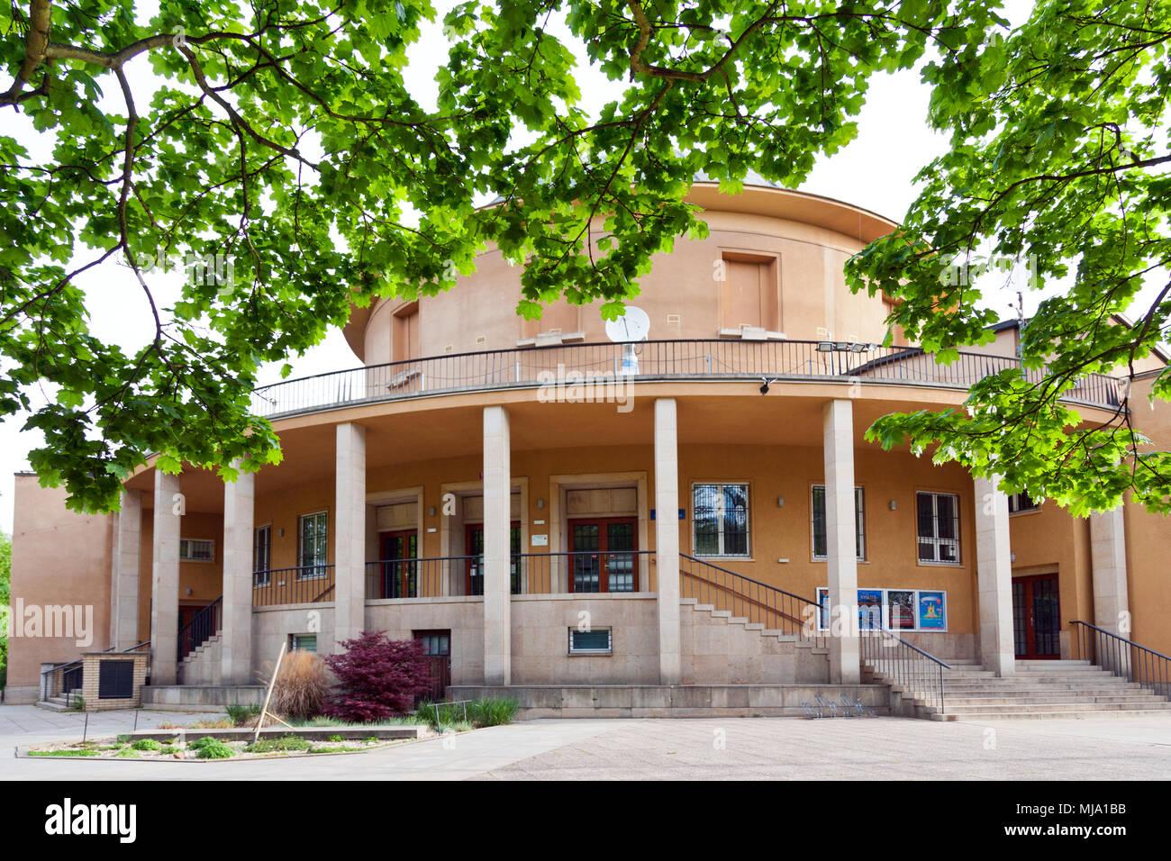 Le Planétarium, le parc Stromovka, Holesovice, Prague, Ceska Republika Photo Stock