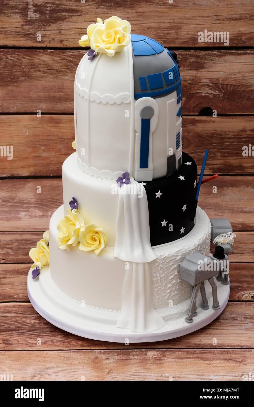 Gâteau de mariage sur le thème de Star Wars Photo Stock