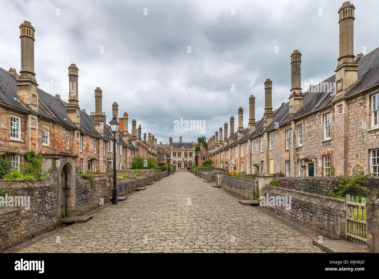 Près des vicaires dans Wells, Somerset vue en regardant vers les Vicaires' Hall est réputée être la plus ancienne rue résidentielle purement avec bâtiments d'origine Banque D'Images