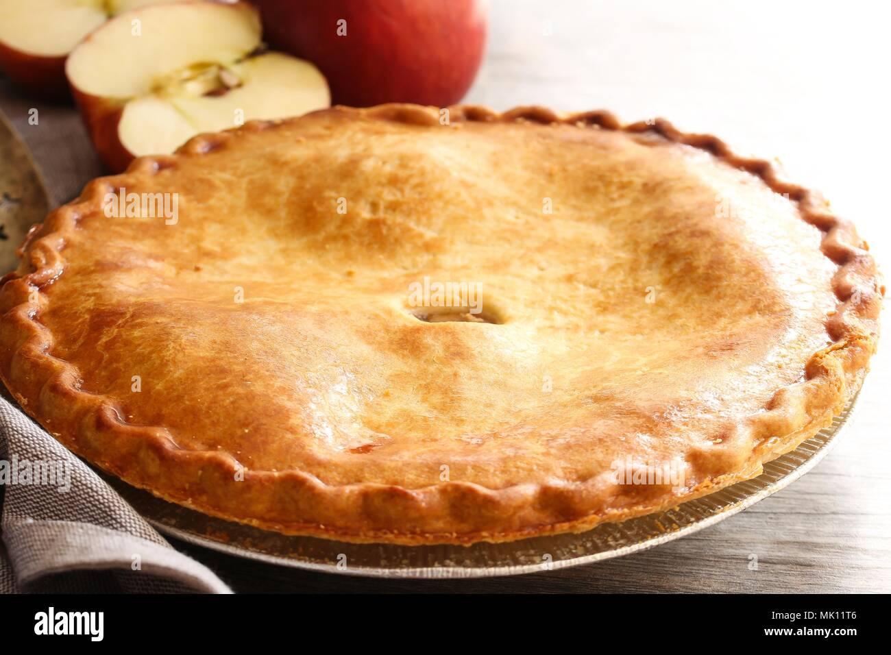Tarte aux pommes à l'ancienne maison Photo Stock