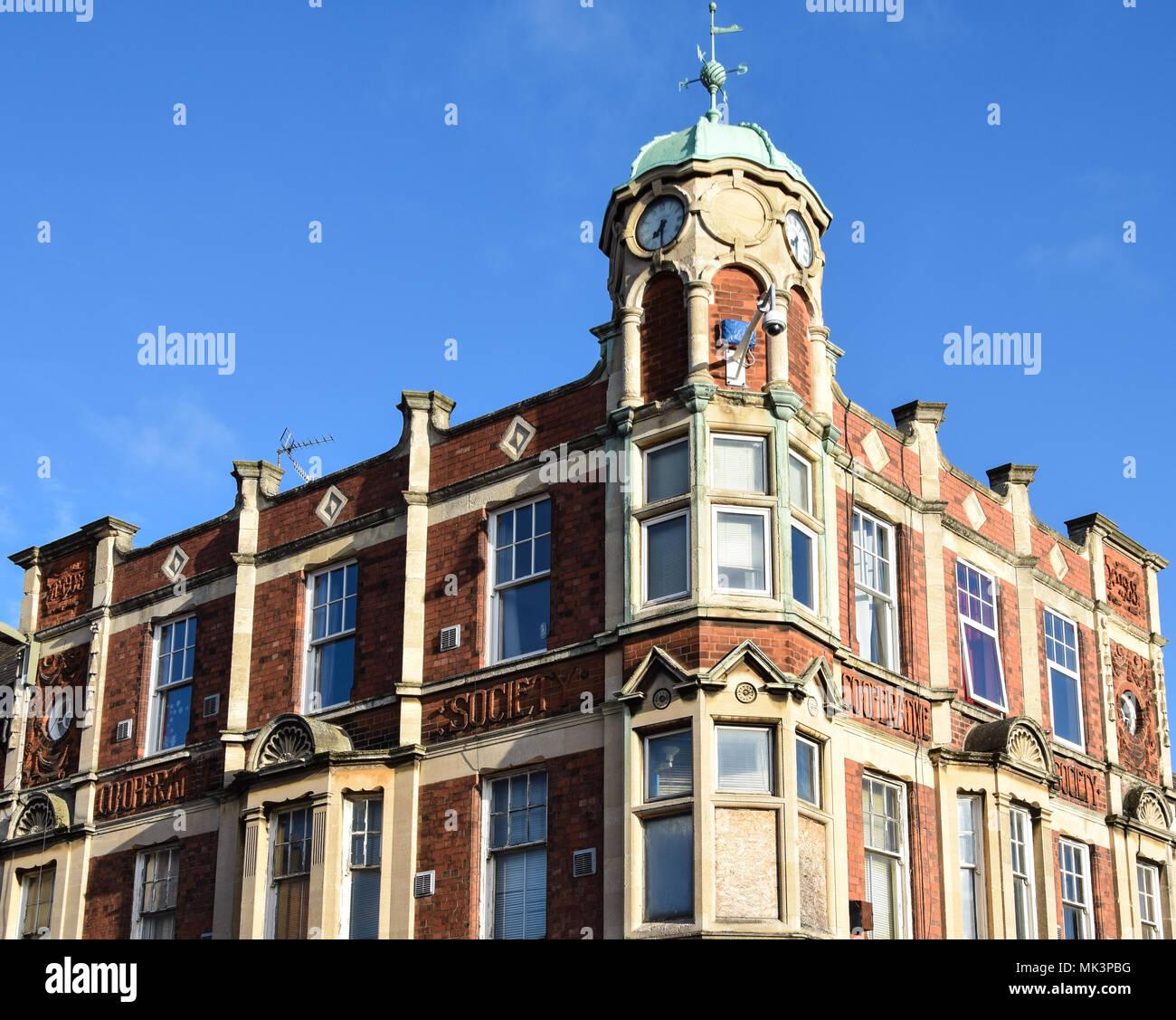 Banbury, Angleterre - le 29 novembre 2017: ancien bâtiment victorien Co op de St George Photo Stock