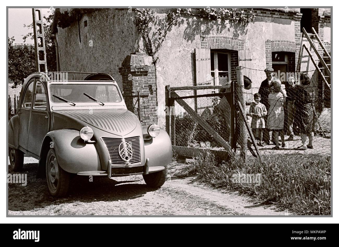 vintage automobile fran u00c7ais citro u00ebn 2cv 1950 deux chevaux