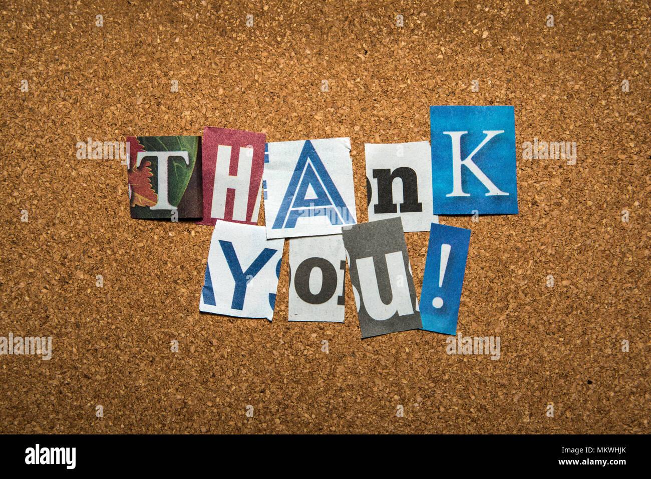 Le message -merci- avec des lettres de journaux etc. Photo Stock