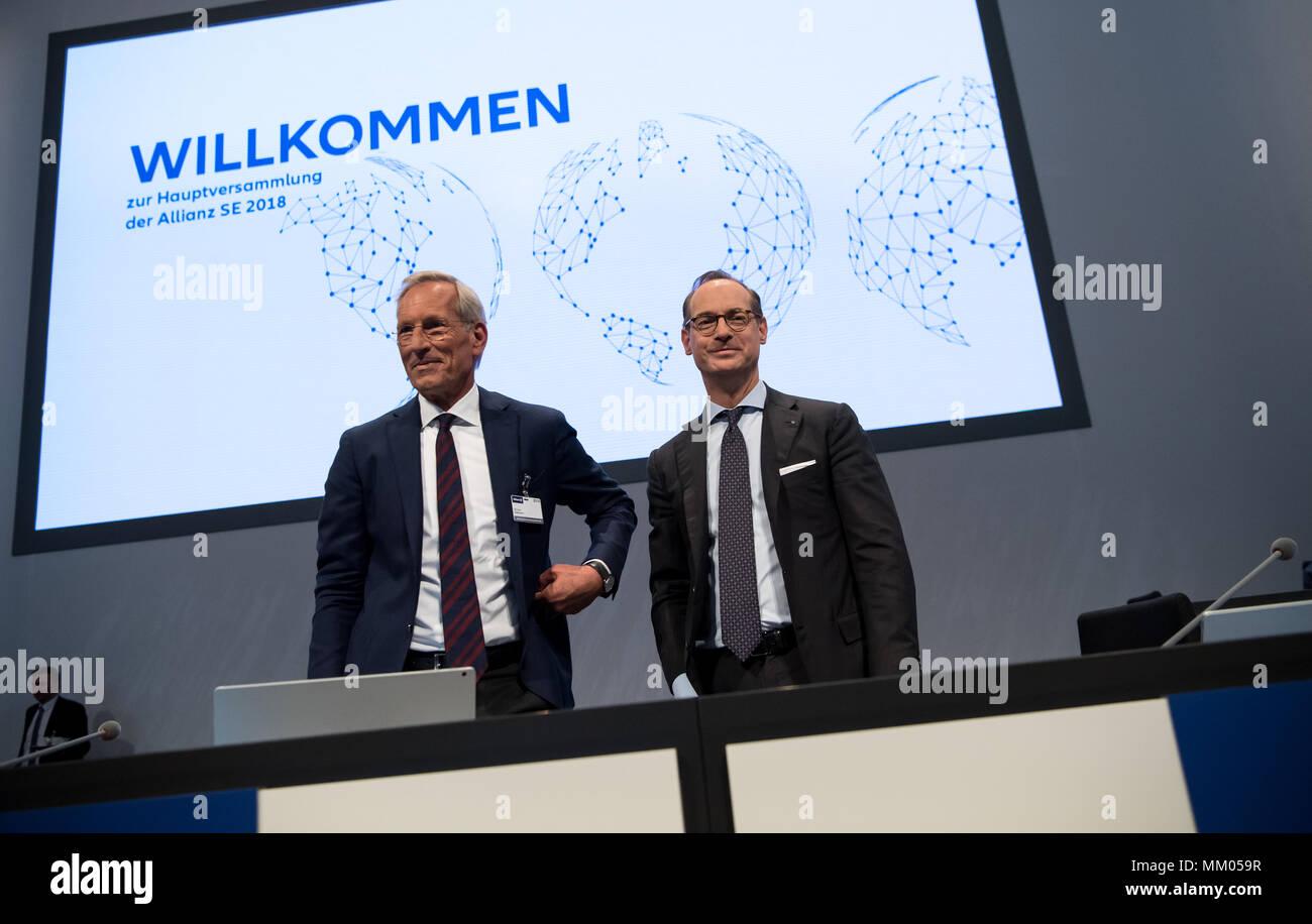 09 mai 2018, l'Allemagne, Munich: directeur général de la compagnie d'assurance Allianz SE, Oliver Baete (R), et le président du conseil Michael Diekmann debout sur scène avant le début de l'assemblée générale annuelle de la compagnie d'assurance Allianz. Photo: Sven Hoppe/dpa Banque D'Images