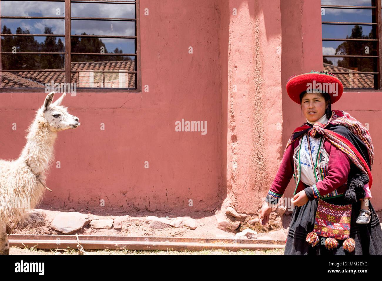 Images du Pérou et de ses peuples. Portrait et Paysage Photo Stock