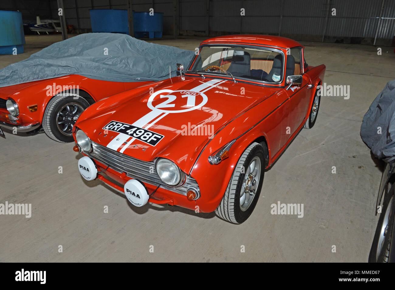 Classic Triumph Tr4 Tr3 Et Tr6 Sortant De Lhiver Banque Dimages