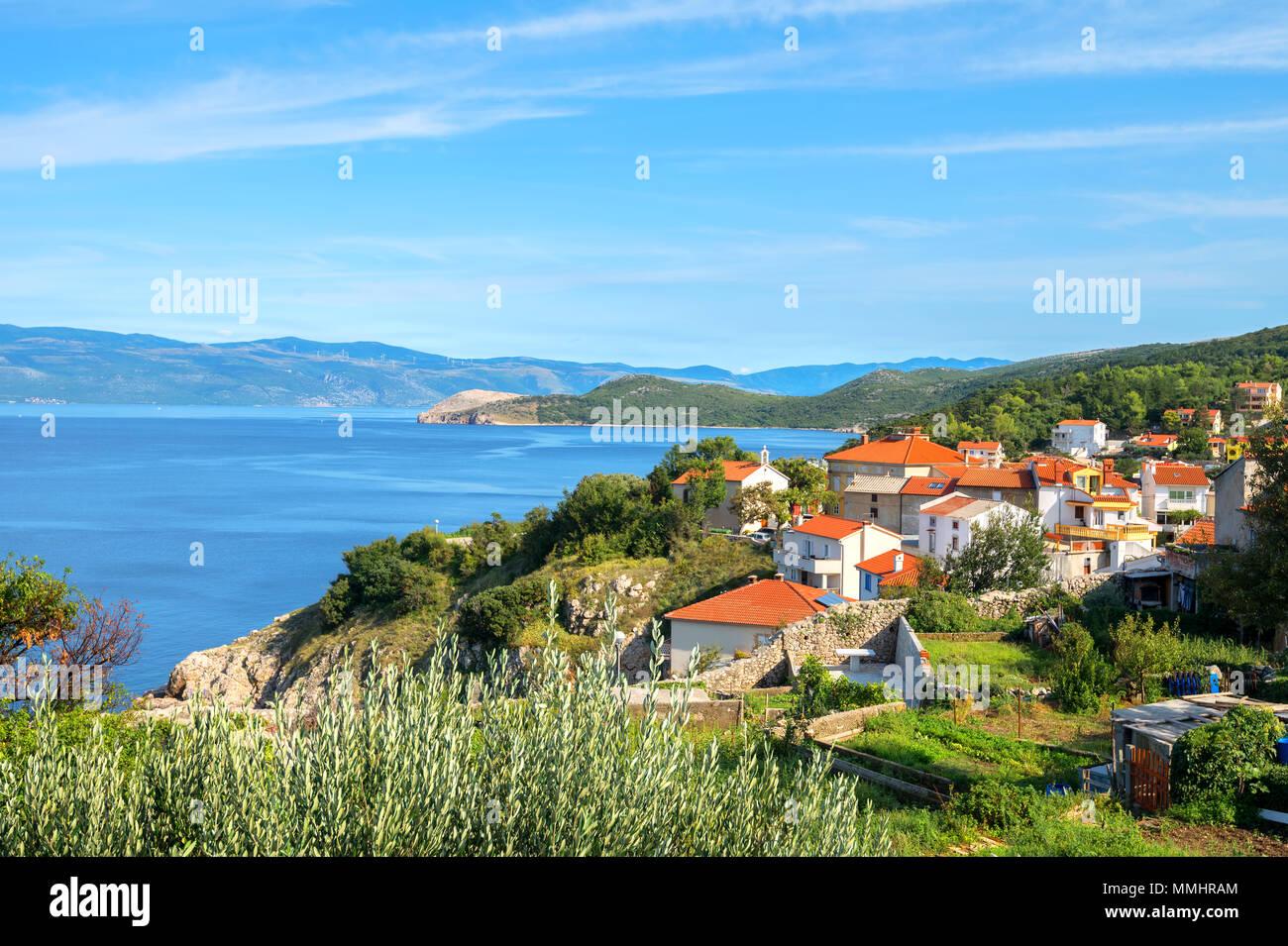 Petit quartier historique de la ville de Baska, sur l'île de Krk. La Croatie Photo Stock