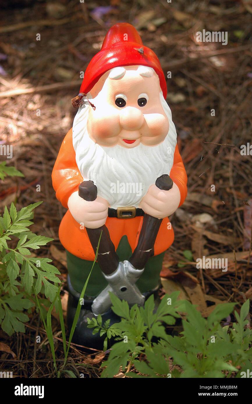 Nain De Jardin Photos & Nain De Jardin Images - Alamy