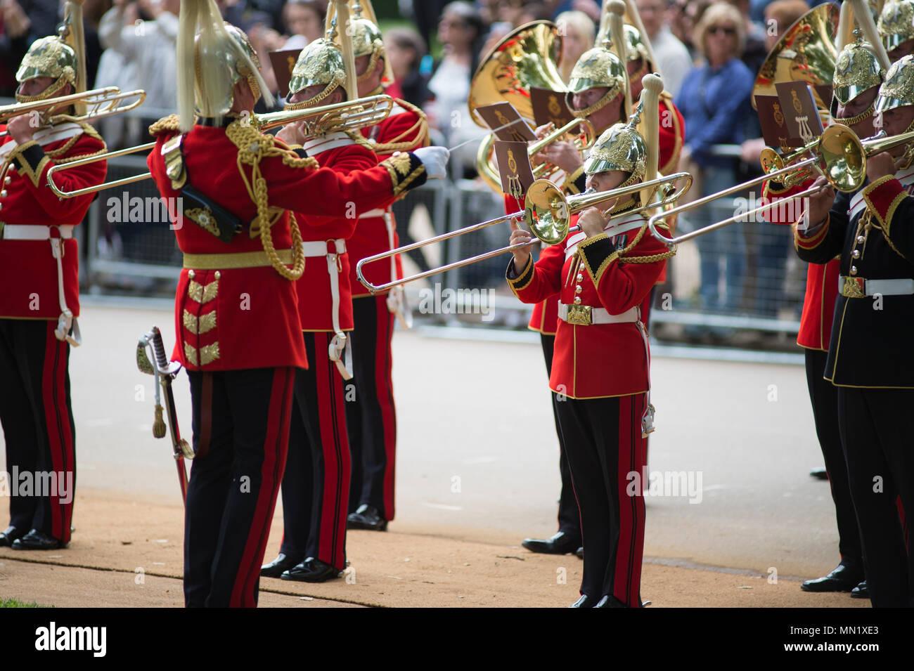 94e Défilé annuel et Service de la Cavalerie vieux camarades à l'Association Mémorial cavalerie adjacente à la Kiosque à Hyde Park, Londres. Photo Stock