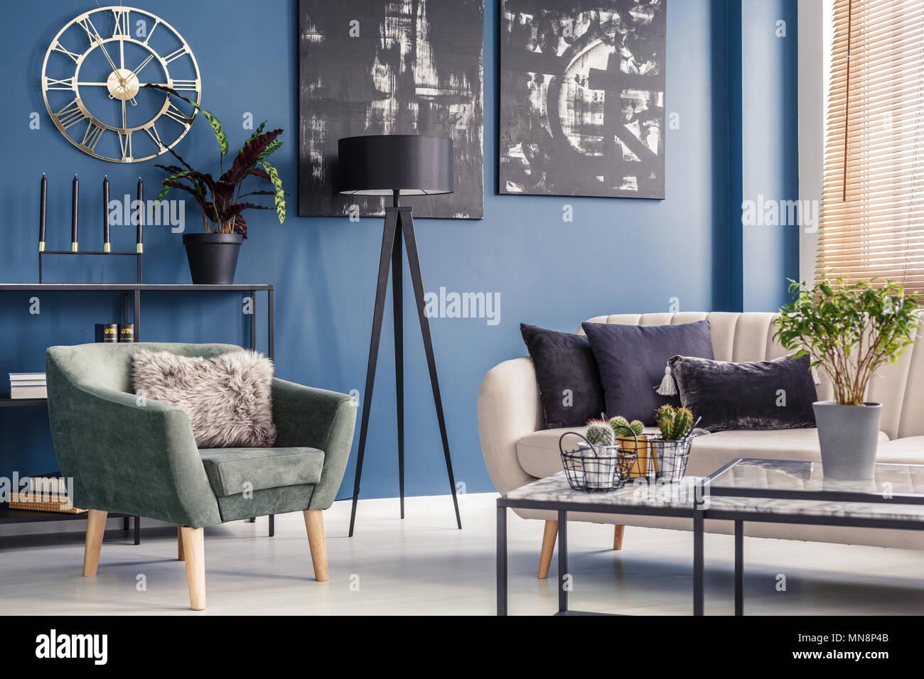 Decoration Elegante Coussins Sur Un Canape Beige Et Vert Menthe