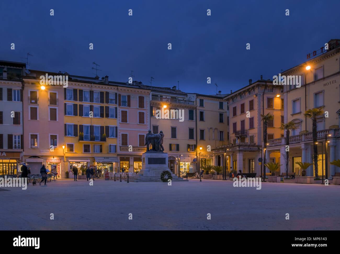 Piazza della Vittoria à Salo, Italie Banque D'Images
