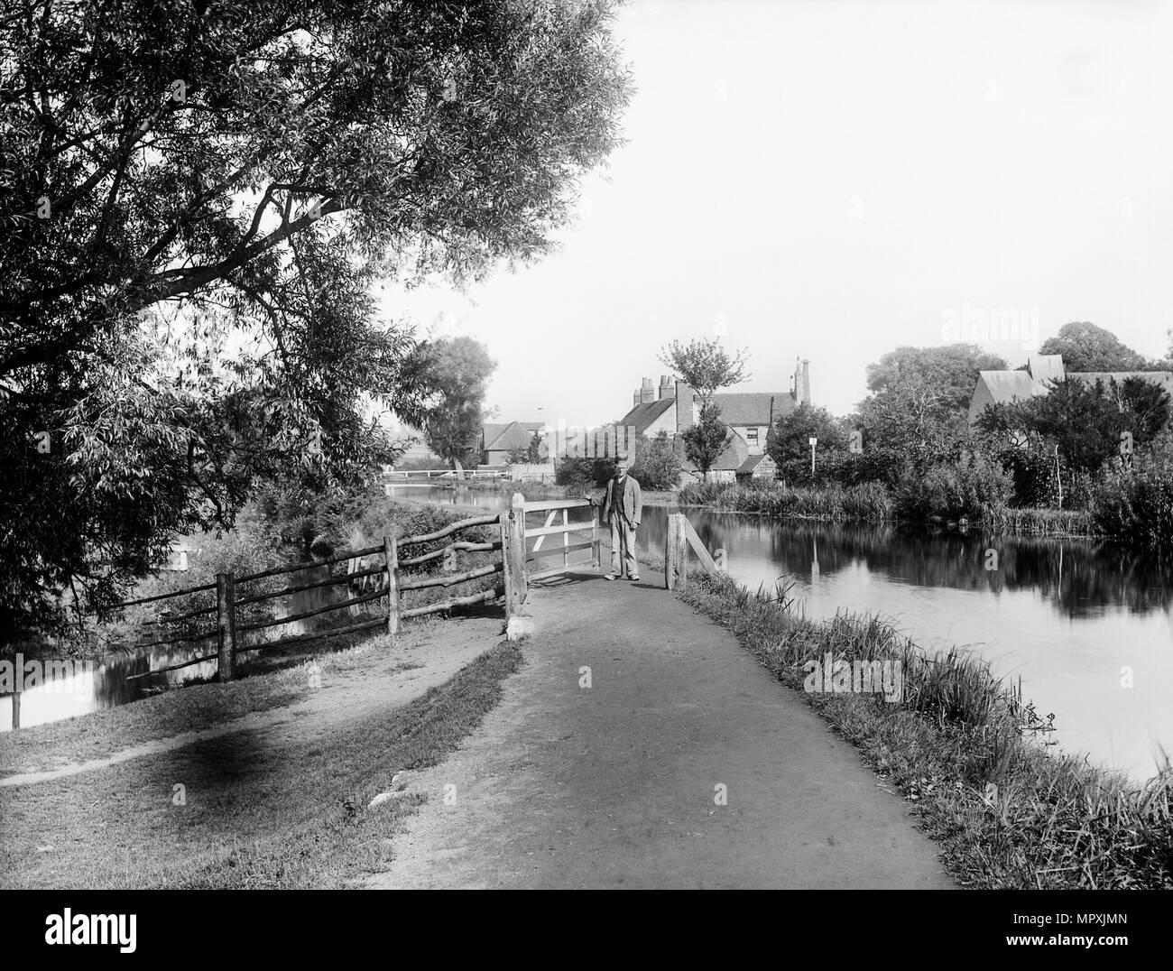 Chemin de halage du canal de Kennet et Avon, Greenham, près de Newbury, Berkshire, 1890. Artiste: Henry raillerie. Photo Stock