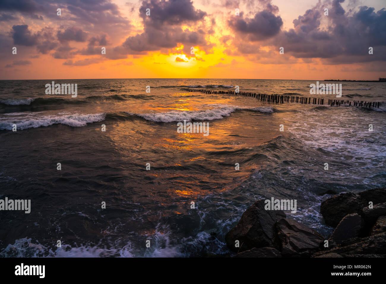 Le Coucher Du Soleil Magnifique Coucher De Soleil Mer Noire La