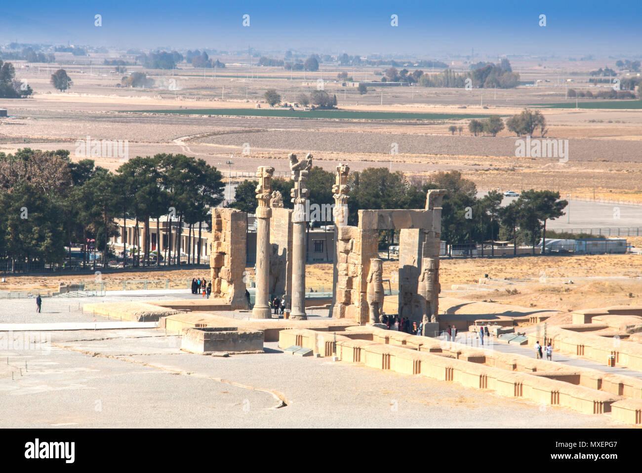 PERSEPOLIS, IRAN - NOVEMBRE 2017: La porte de toutes les nations à la ville antique de Persépolis était la capitale de l'empire achéménide et l'UNESCO est aujourd'h Photo Stock