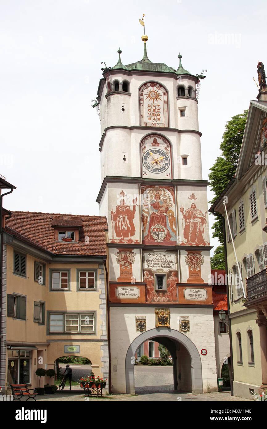 La vieille ville de Strasbourg avec la porte de la ville de Ravensburg Baden Württemberg Souabe Allemagne Europe Banque D'Images
