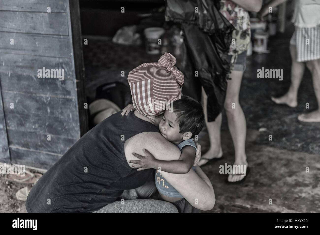 Année de volontaires ou Voluntourism en Thaïlande Photo Stock