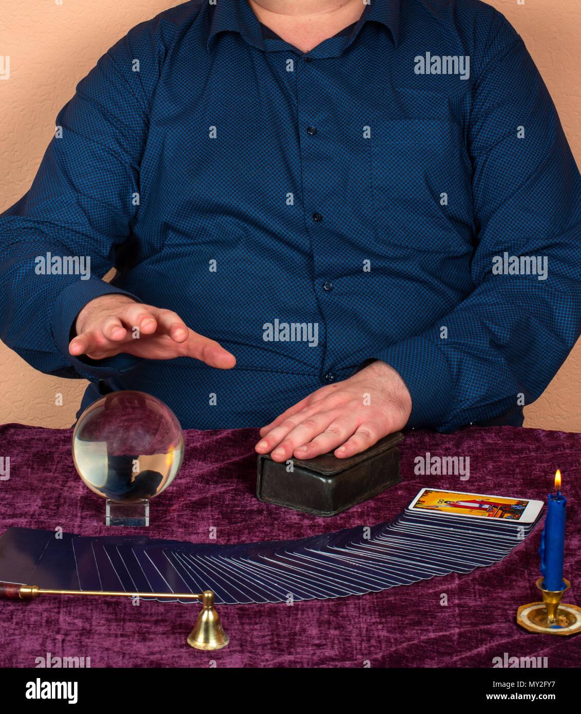 Recherche un homme a boule magiques [PUNIQRANDLINE-(au-dating-names.txt) 48