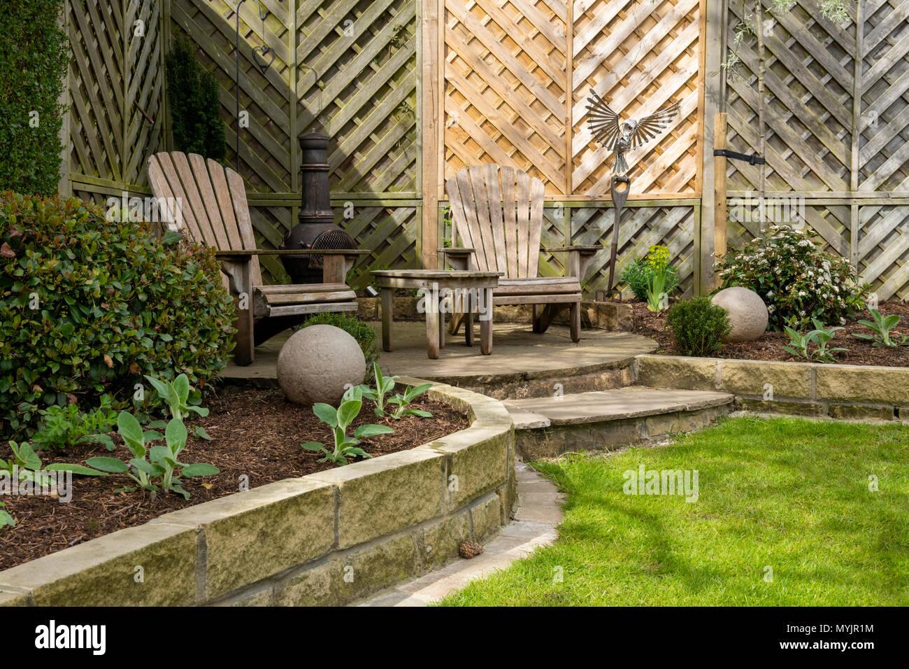 Belle, paysagé, jardin privé close-up avec un design ...