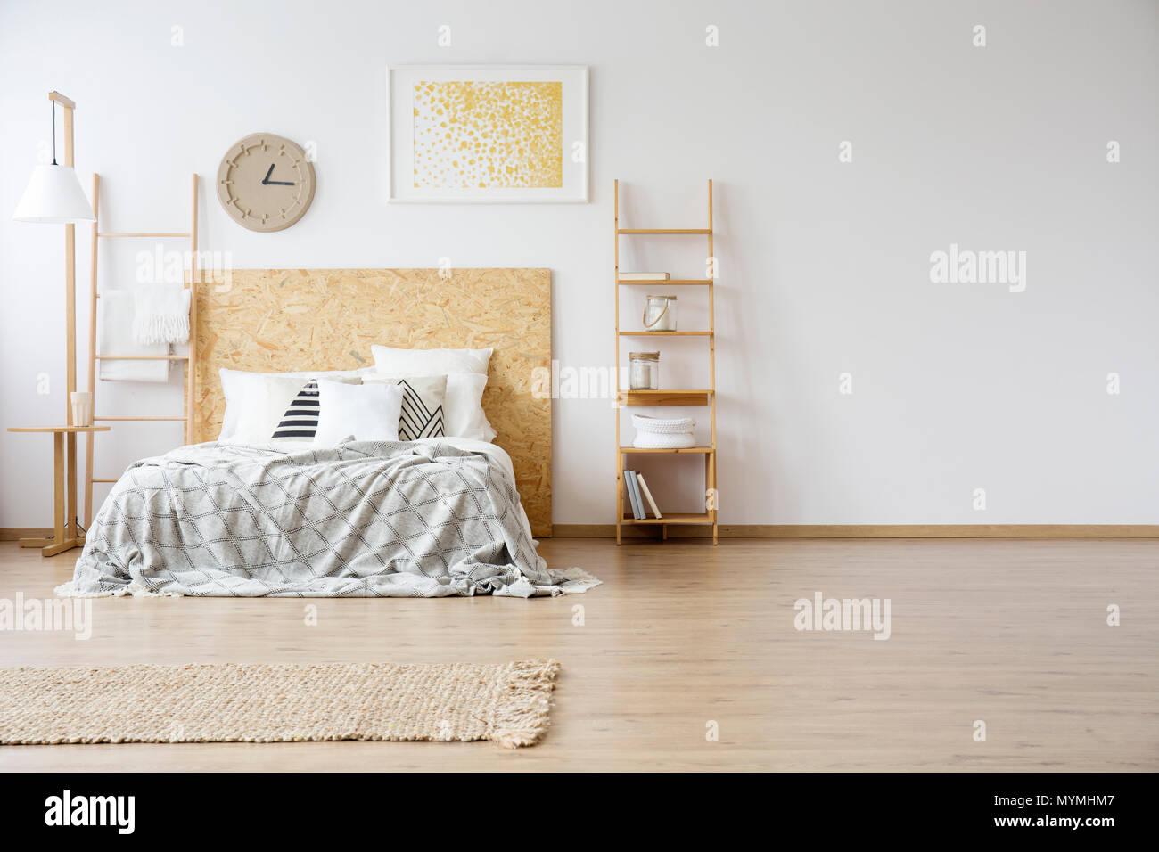 Interieur Spacieux D Une Grande Chambre A Coucher Avec