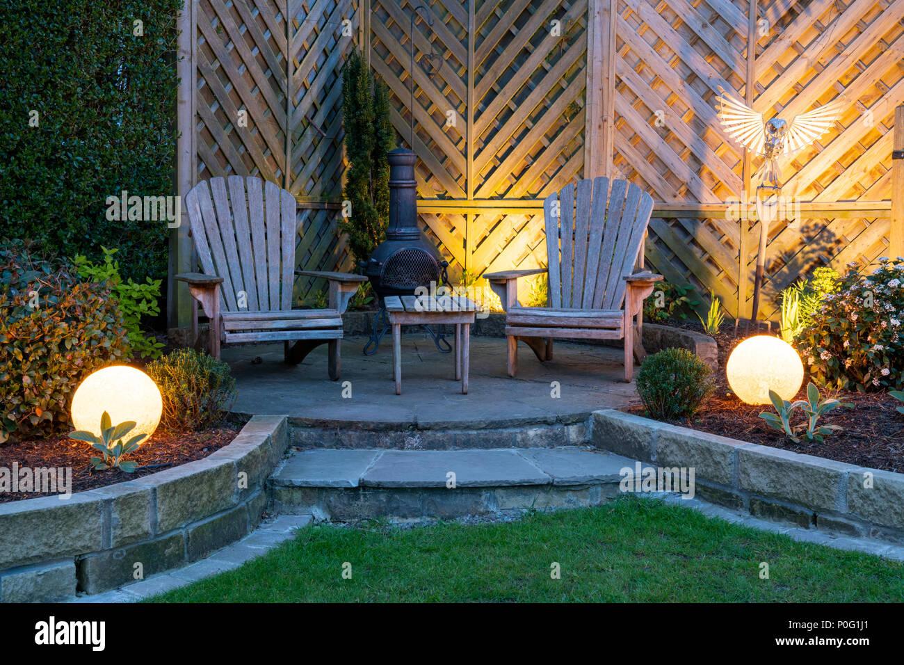 Belle, paysagé, jardin privé avec un design contemporain ...
