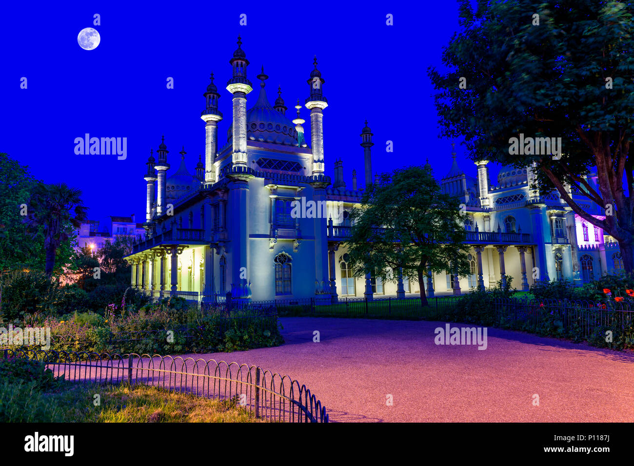 Pavillon royal de Brighton au crépuscule. Photo Stock