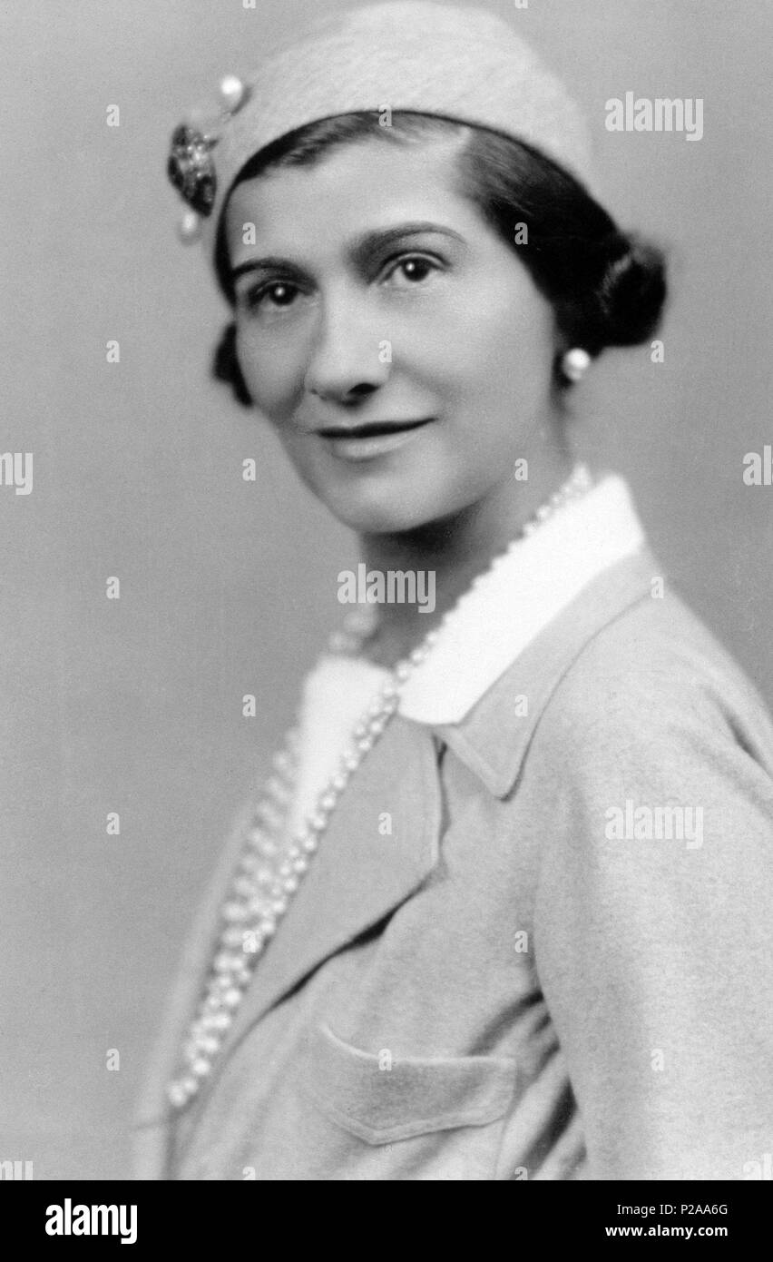 Coco Chanel Photos   Coco Chanel Images - Page 2 - Alamy c4fb934b489