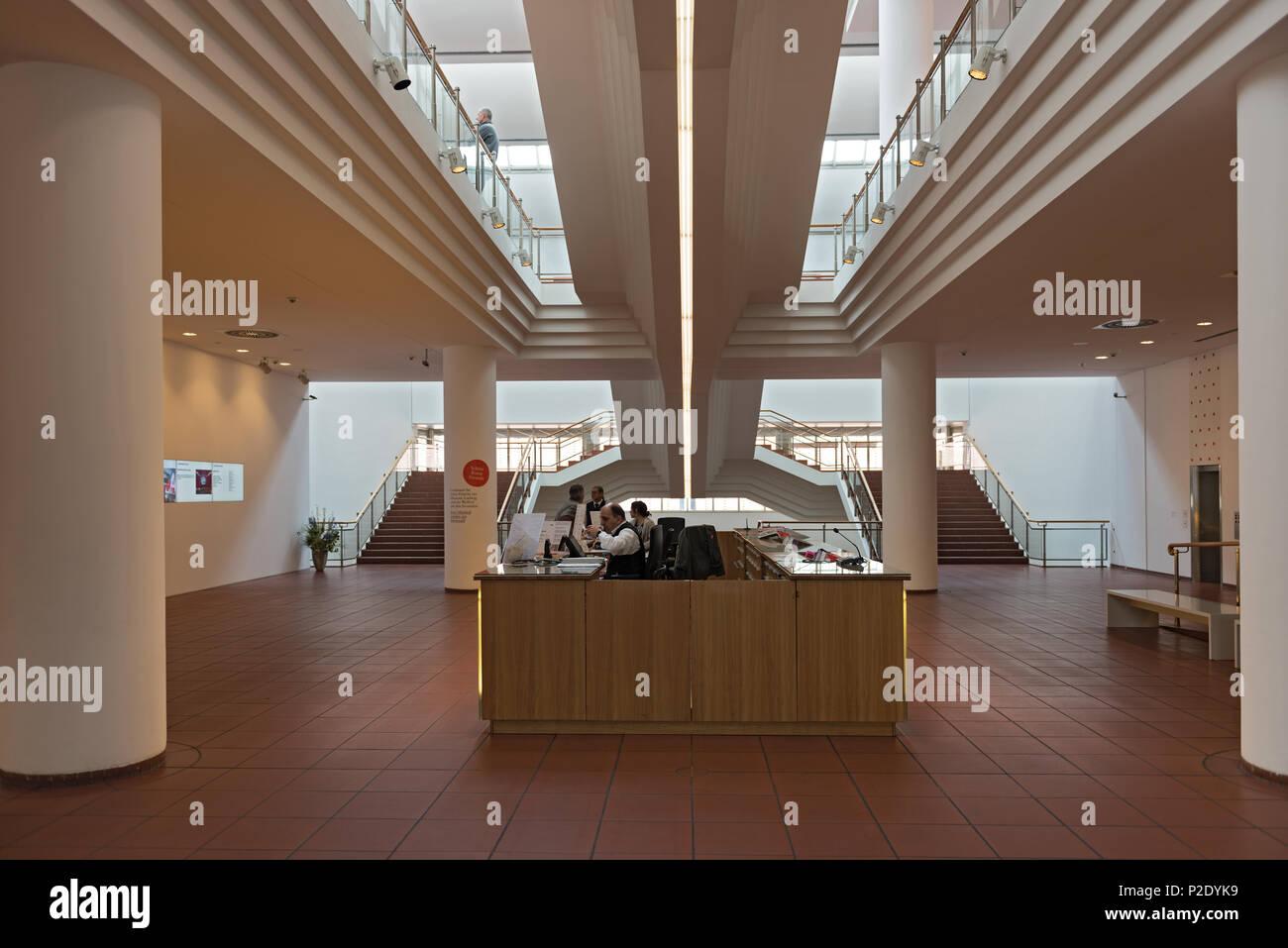 Zone d'entrée et en caisse le musée Ludwig, Cologne, Allemagne Photo Stock