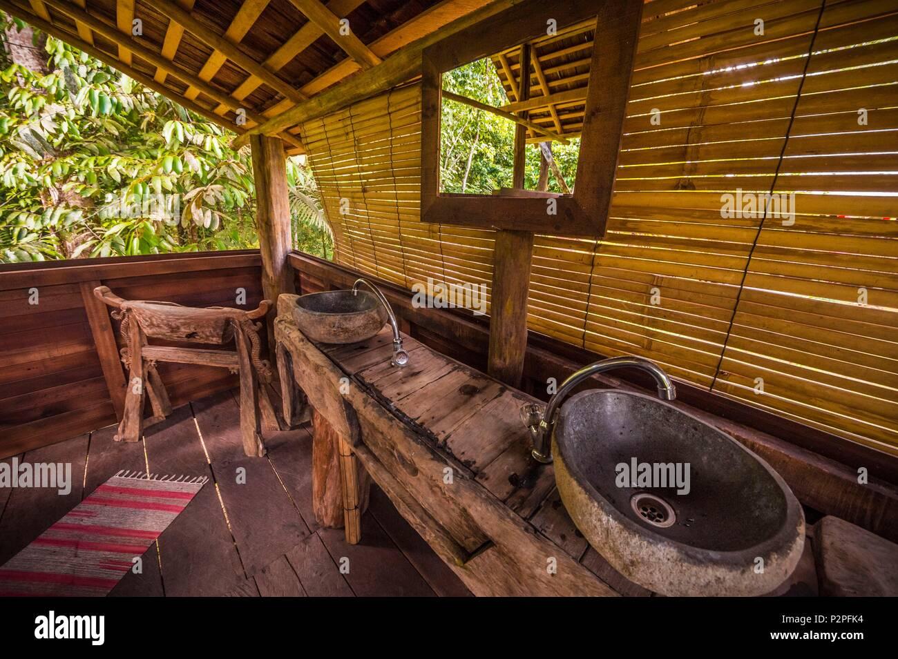Meuble Salle De Bain Action ~ wapa lodge photos wapa lodge images alamy