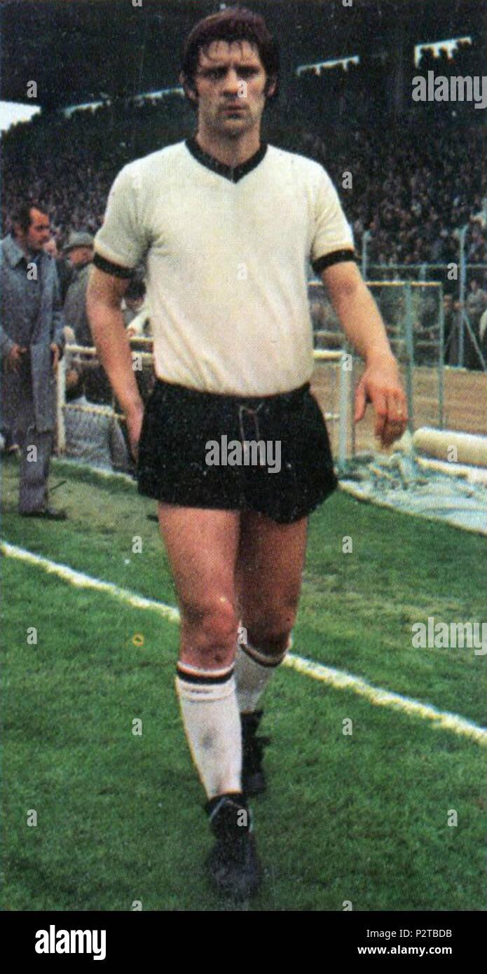 . Italiano: Il calciatore italiano Giuseppe Zaniboni al Cesena all'inizio della stagione 1974-75. circa 1974. Inconnu 37 Giuseppe Zaniboni - AC Cesena 1974-1975 Photo Stock