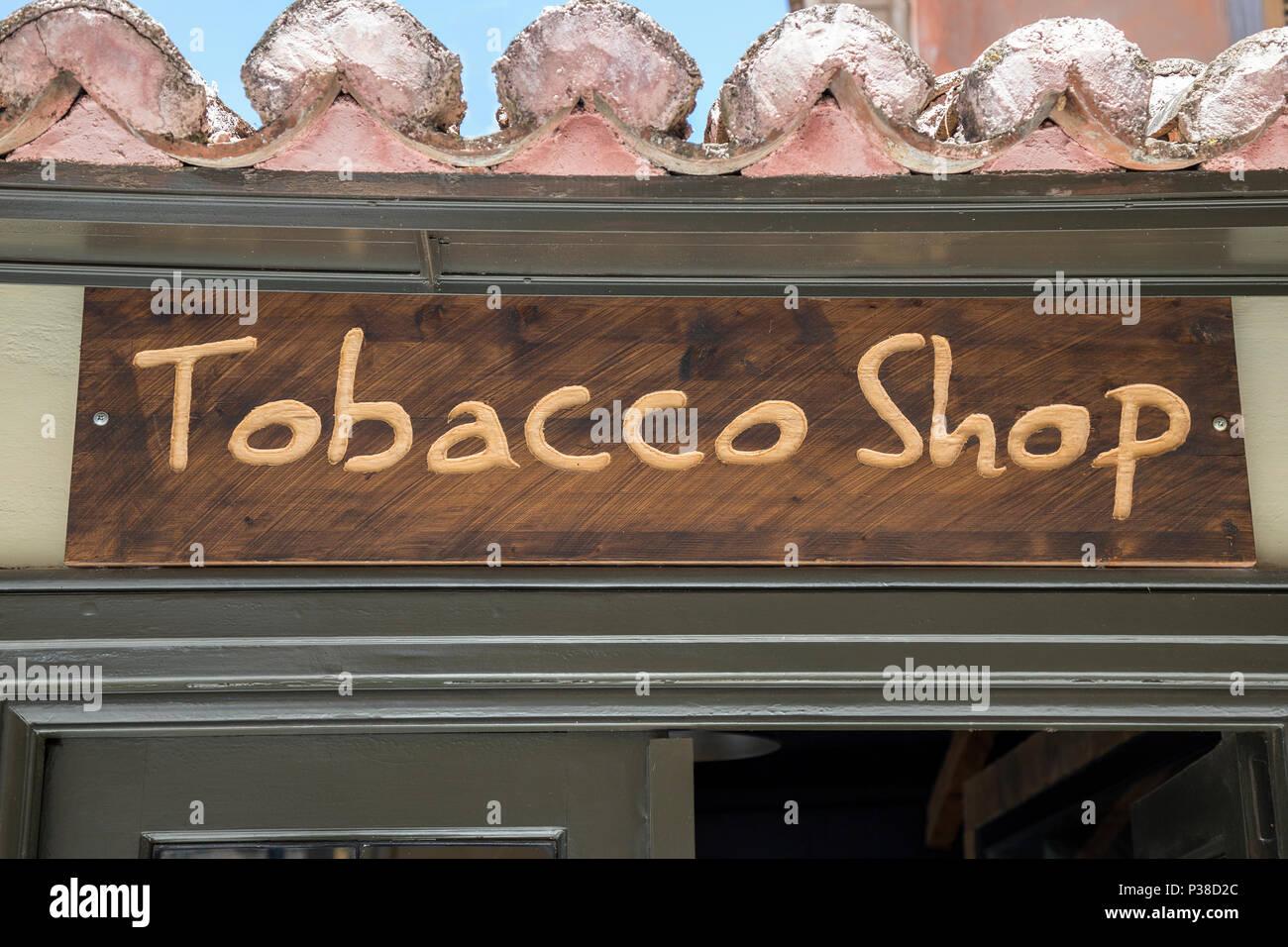 Tabac Panneau En Bois A L Entree En Bureau De Tabac Banque